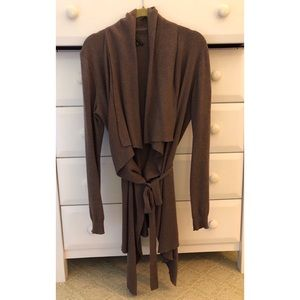 Brown Theory Sweater, size Medium